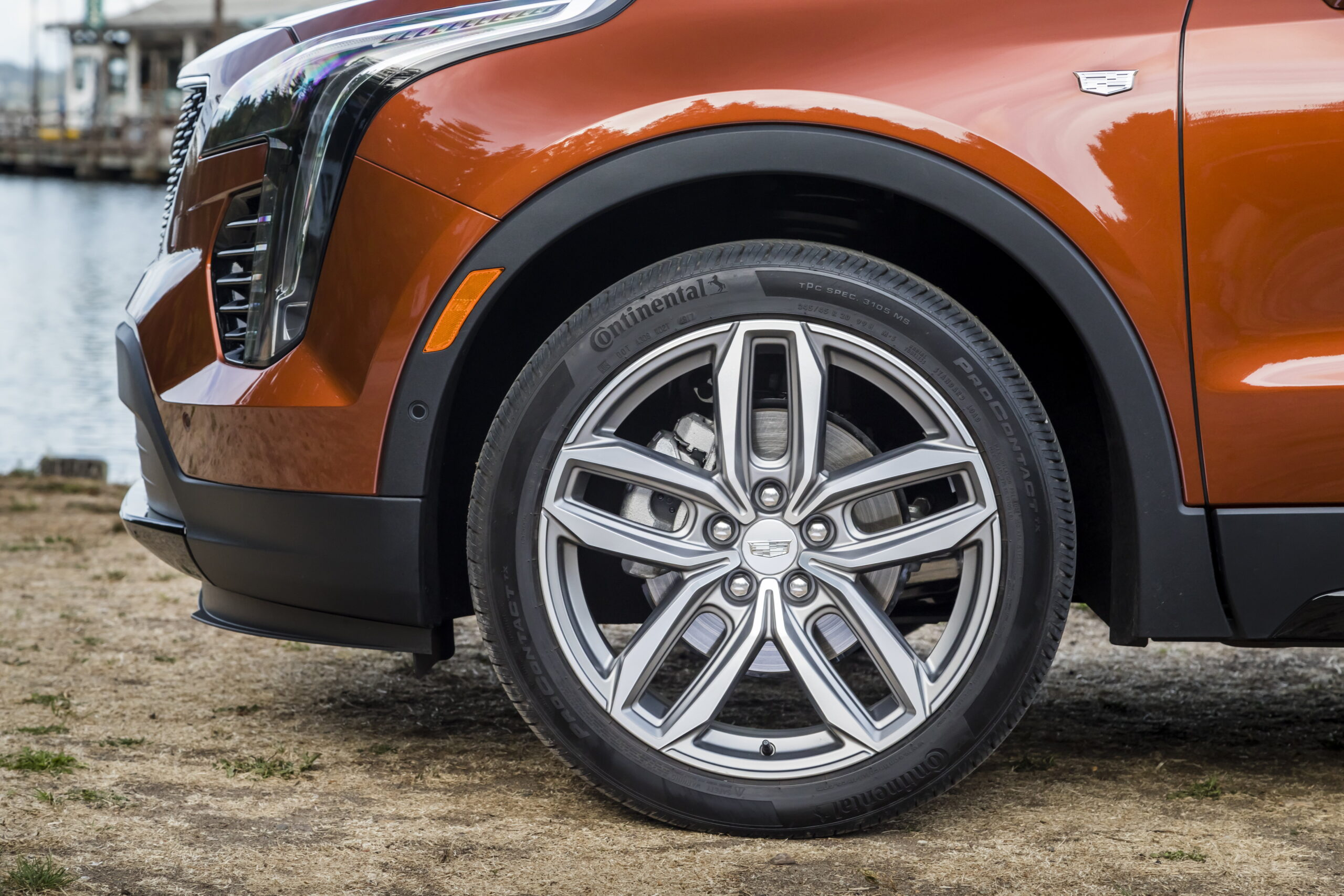 The XT4's confident-athletic performance is complemented by distinctive agility, responsiveness and Cadillac-specific tweaking.