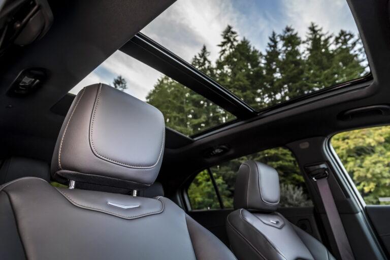 Tetto Panoramico Cadillac XT4, in vendita presso Gruppo Cavauto con sede a Monza